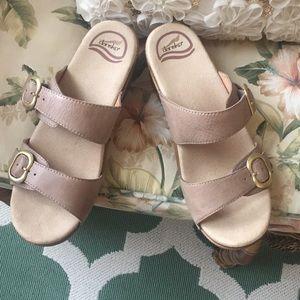 Dansko sandals nwob sand color 9